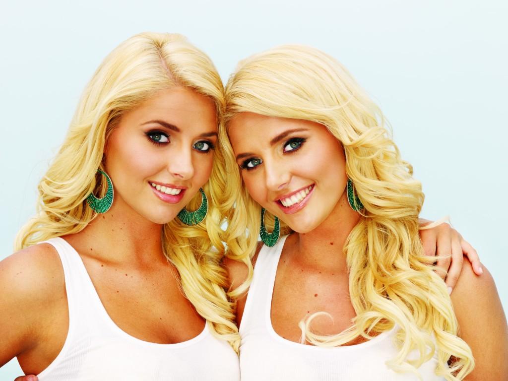gallery-lesbian-twin